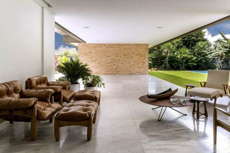 casa-con-jardin-diseno-leo-romano-ideas