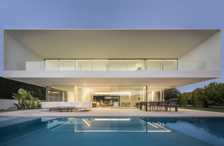 casa-con-jardin-disenoGallardo-Llopis-Arquitectos