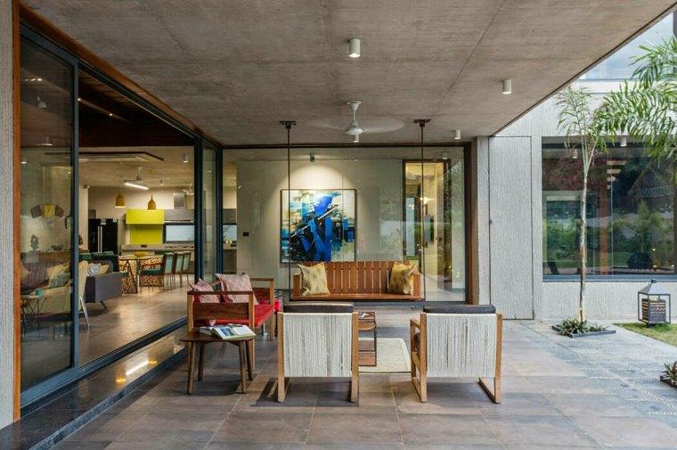 casa-con-jardin-inclined-studio-diseno