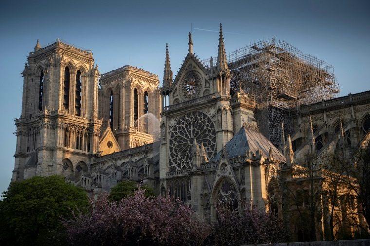 edificios-famosos-reconstruccion-paris