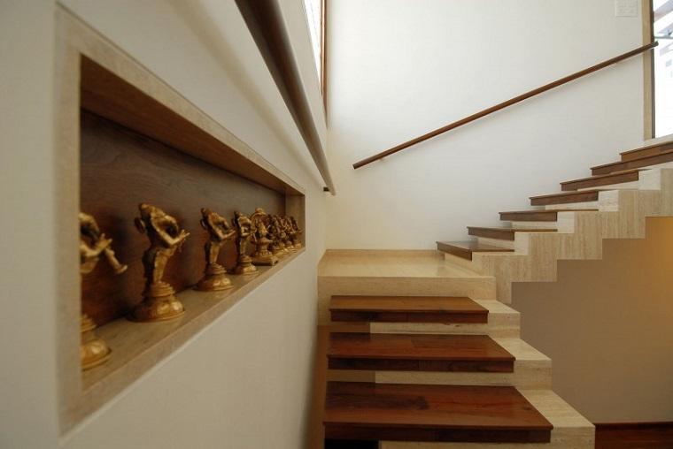 escaleras-de-marmol-madera-combinacion