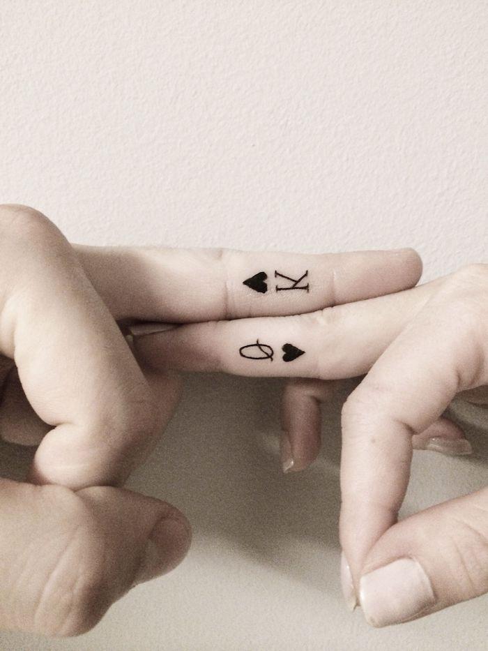 imágenes de tatuajes pequeños cartas-juego-corazon-rojo