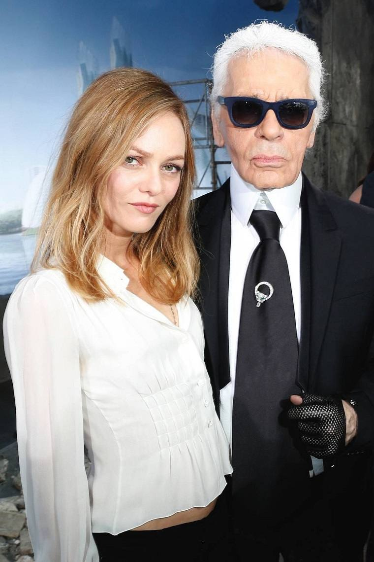 Karl Lagerfeld-modelos-musas-famosos-Vanessa-Paradis