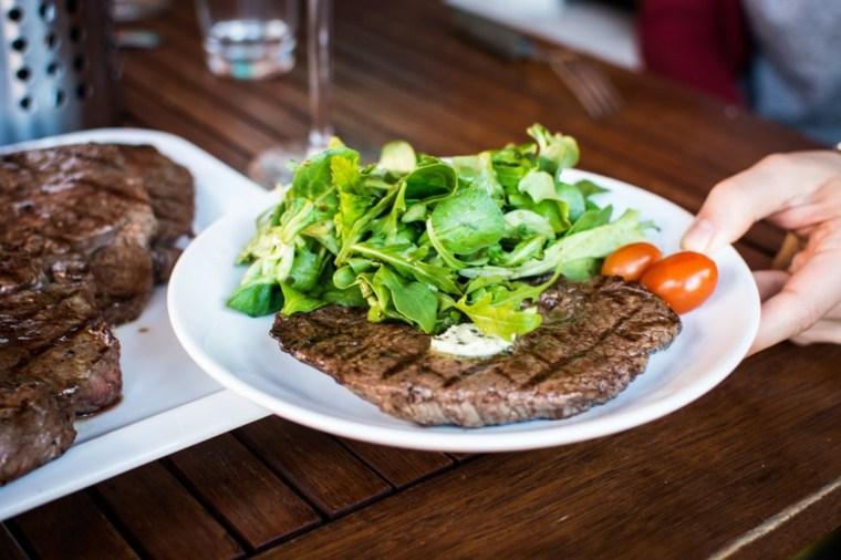 keto dieta carne con verduras