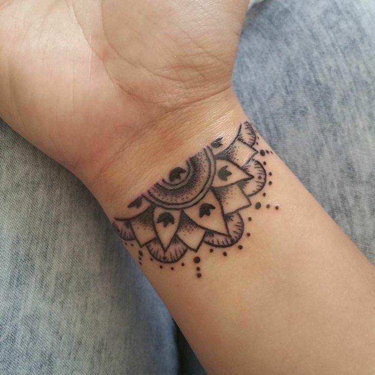 mandala-pequena-ideas-tatuajes