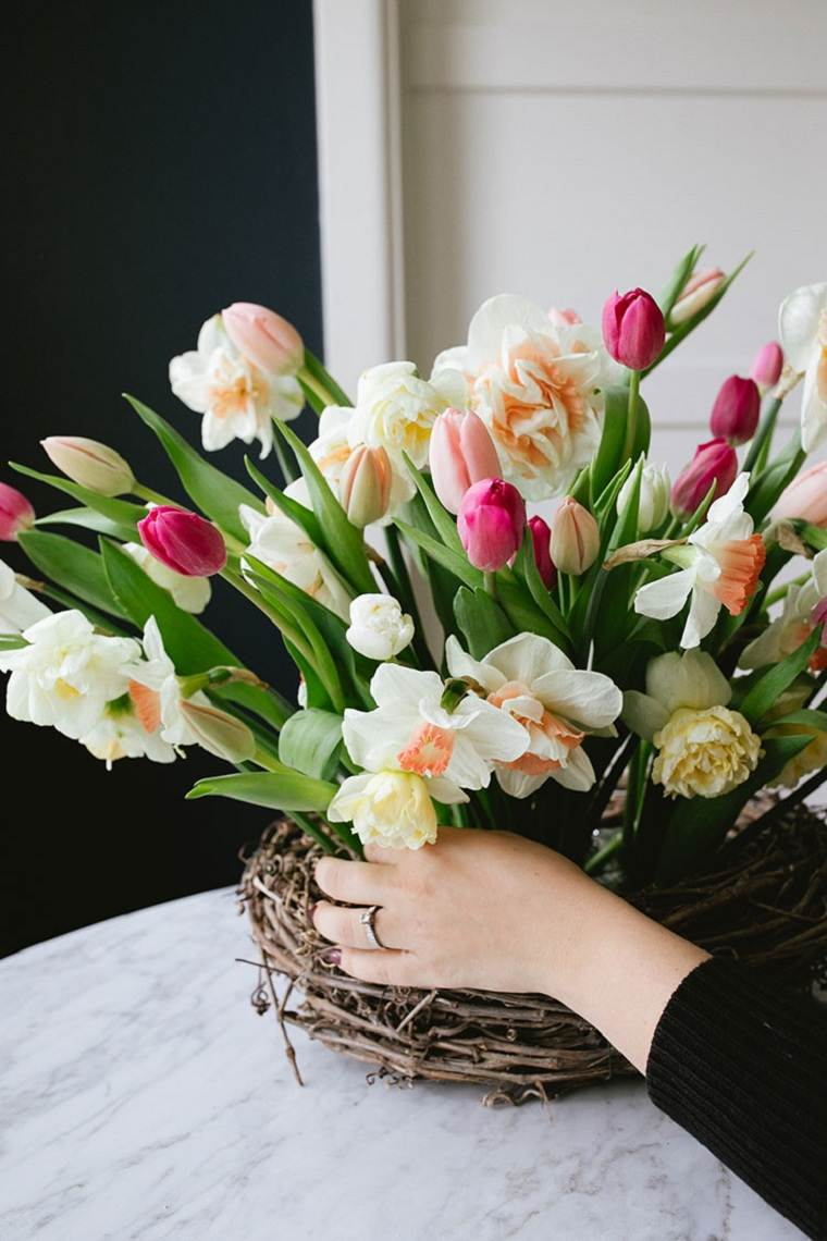 tulipanes-opciones-decorar-casa-centro-mesa