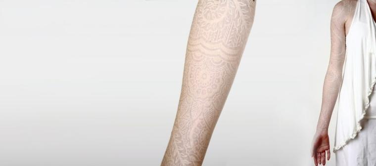 watson-atkinson-tatuaje-flor-estilo