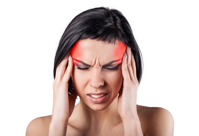 jugo de apio dolor cabeza beneficios