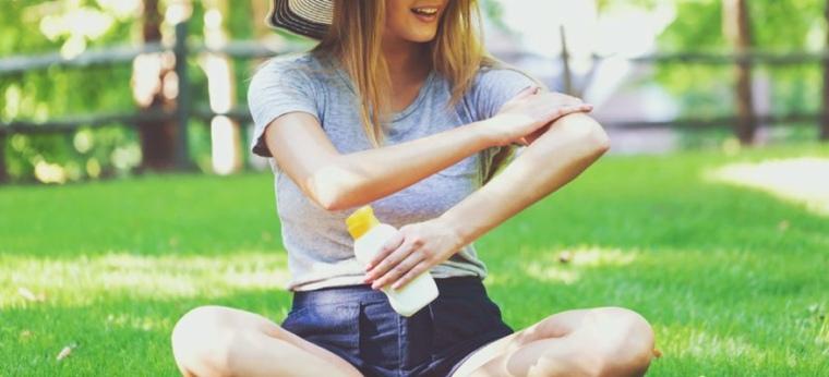 aplicar crema de sol