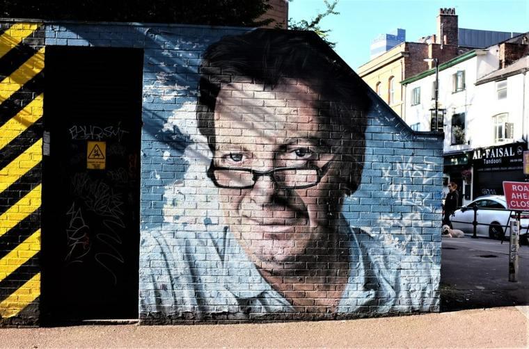 arte callejero sobre ladrillos