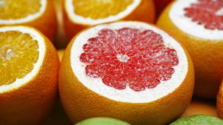 Beneficios de la vitamina C conesjos-naranja