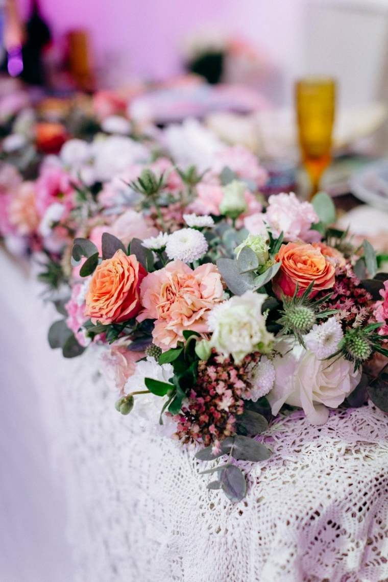 boda-boho-chic-estilo-mesa-flores-bellas