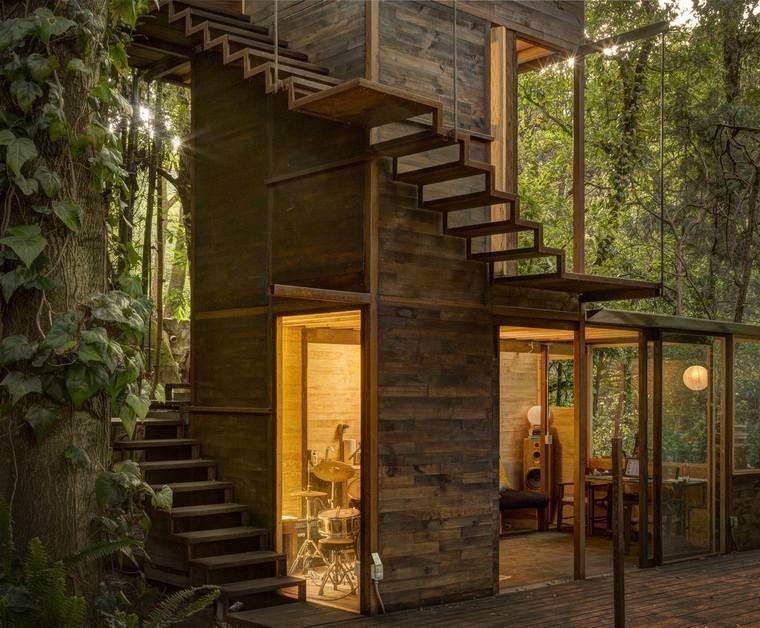 casa-flotante-bosque-mexico-escaleras