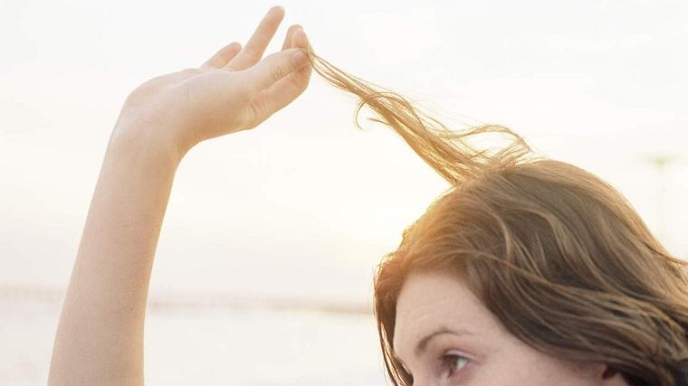 causas de la caida del cabello-mujer