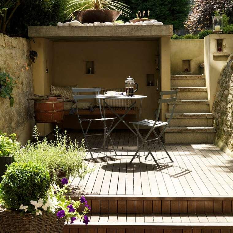 como-decorar-una-terraza-pequeña-niveles-jardin