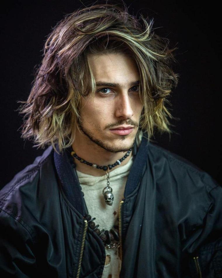 cortes de pelo largo hombre 2019-estilo-revuelto