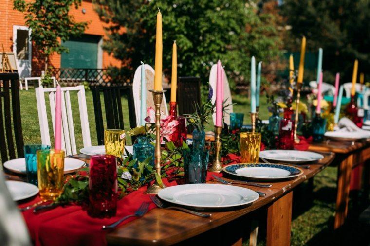 mesa-boda-bohemia-velas-decorativas-estilo