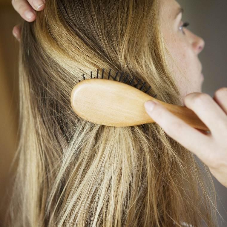 mujeres-caida-cabello-razones-consejos
