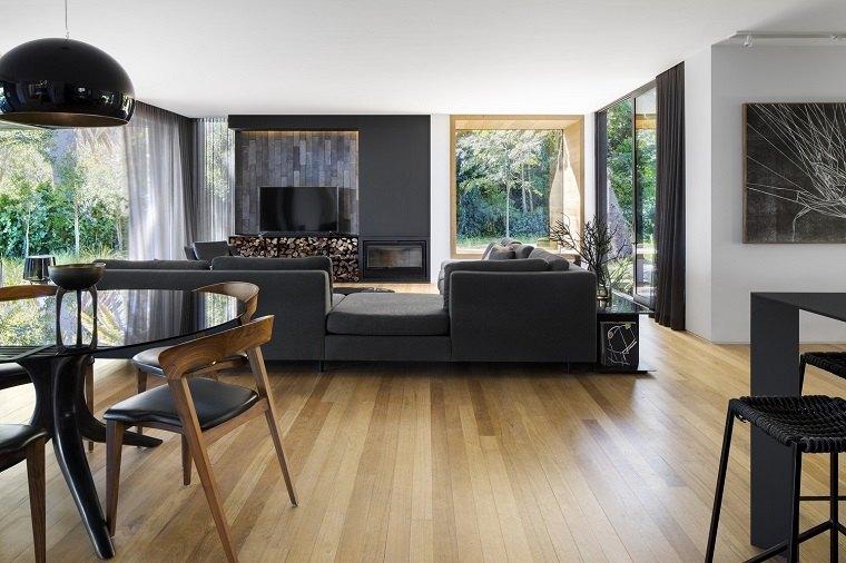 Estupenda sala de estar con vistas al jardín