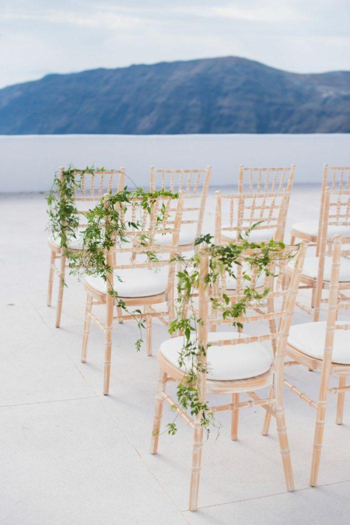 sillas-decoradas-invitados-boda-minimalista