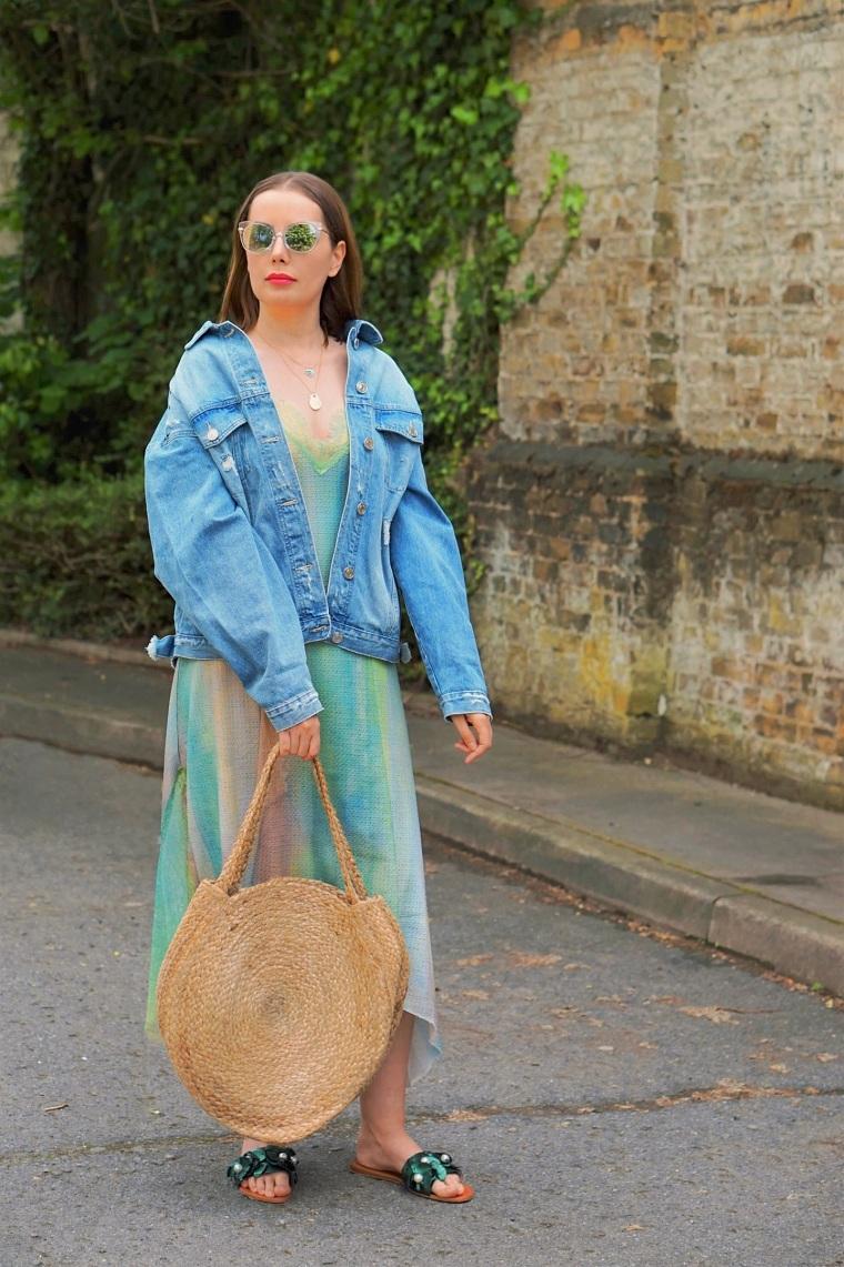 accesorios de moda 2019 chaqueta-vaquera-vestido