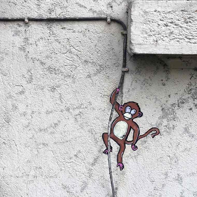 ejemeplo de arte urbano mono