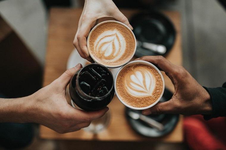 cafe-tomar-demasiado-estudio