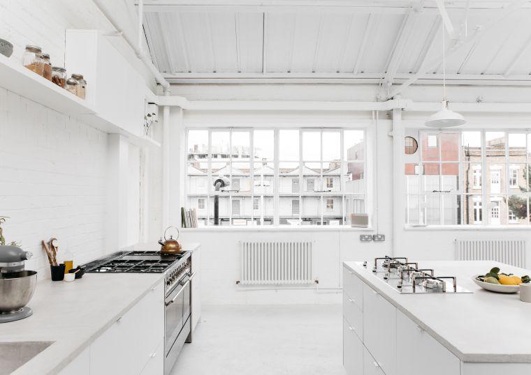 cocina-escandinava-completamente-blanca