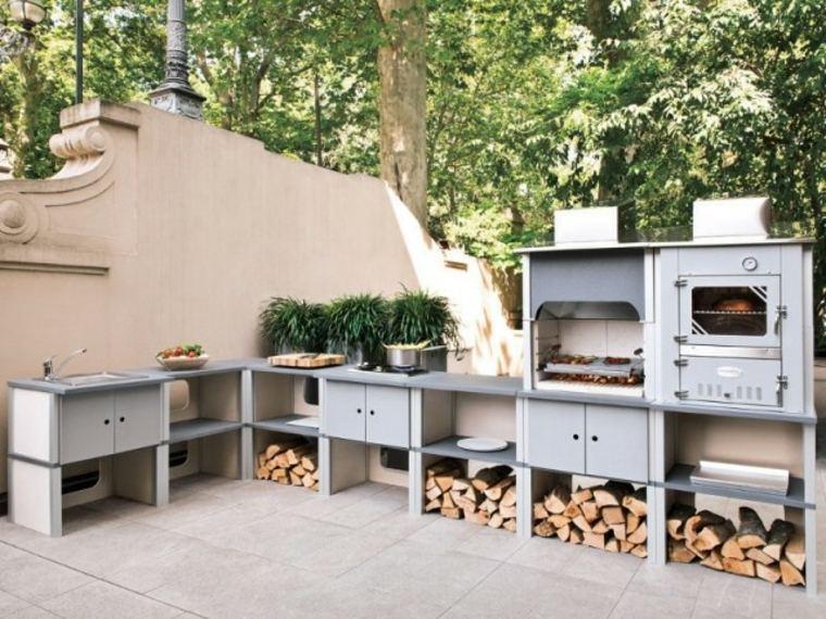 Bonito diseño de cocina exterior