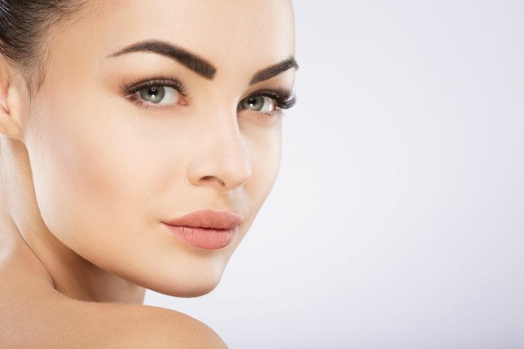 cómo limpiar la cara mujer-consejos