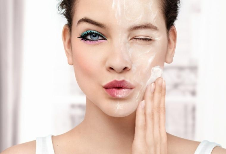 como-lavarse-la-cara-maquillaje-consejos