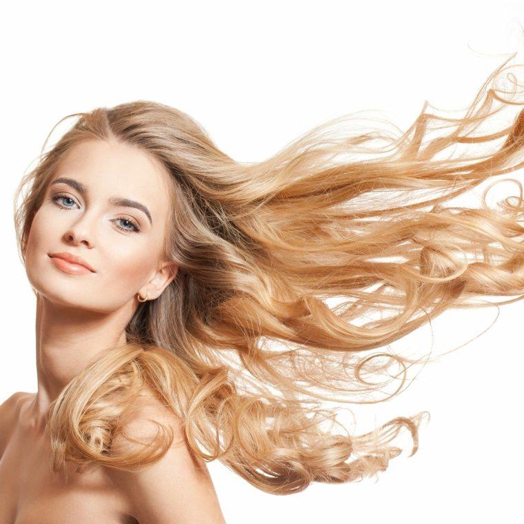 cuidados-para-el-cabello-secar-cabello