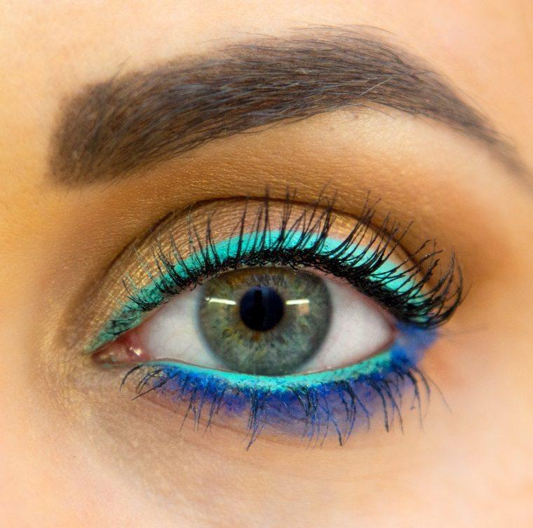 delineadores de ojos-coloridos-tendencias-estilo