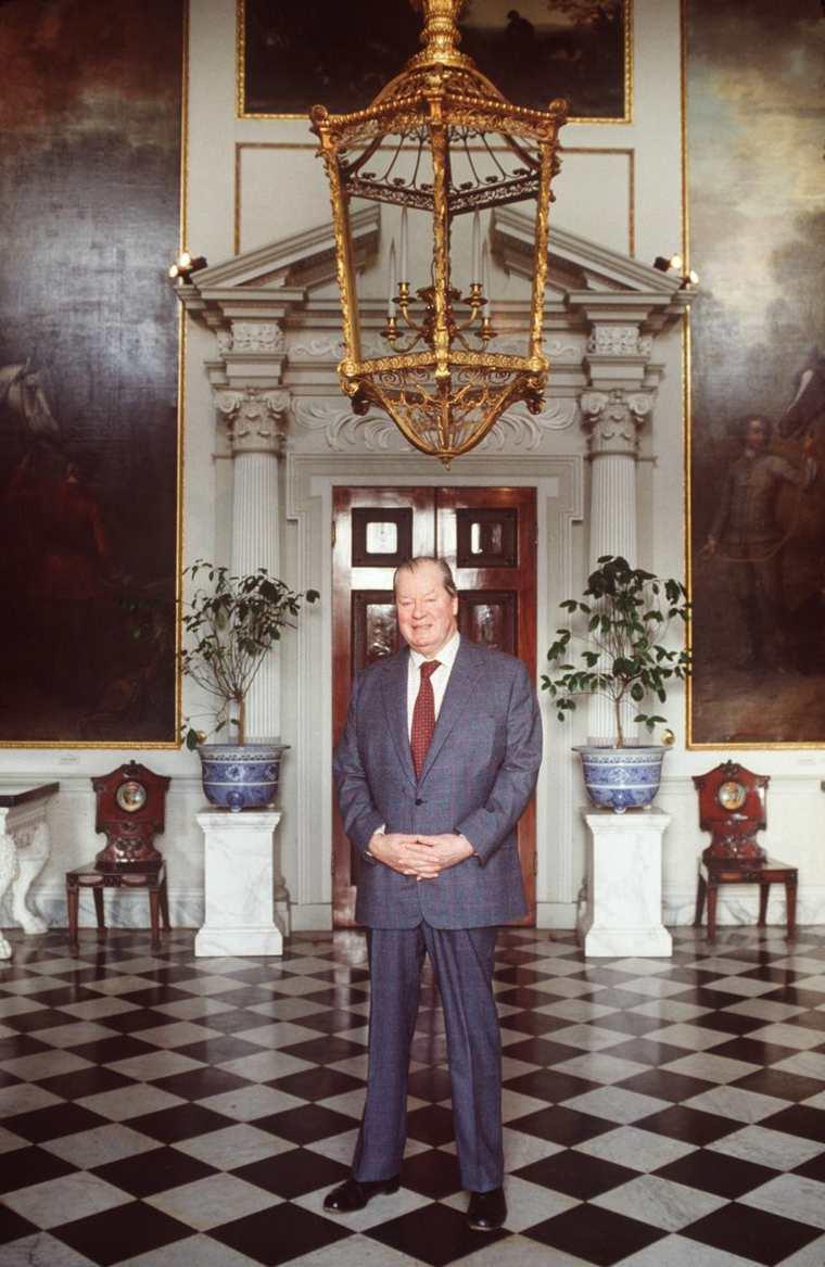 el padre de princesa Diana
