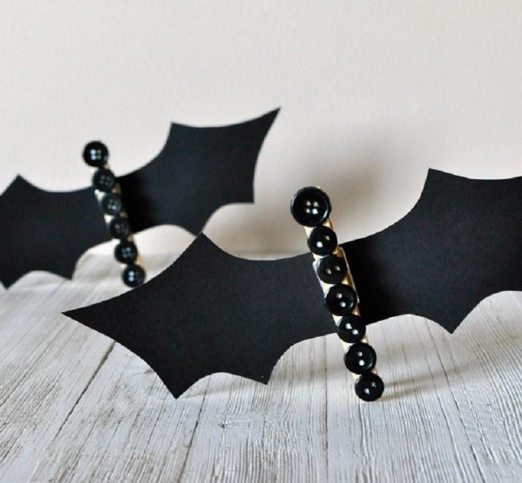 murcielagos hechos con pinza para manualidades de halloween