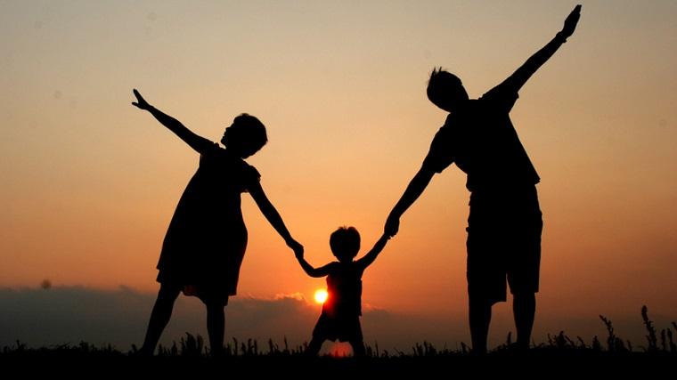 niños felices-padres-consejos