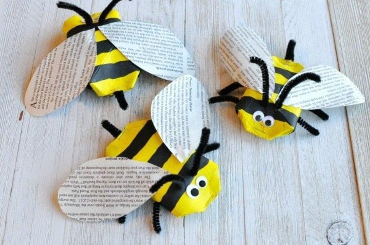 Abejas hechas con rollos de papel higienico