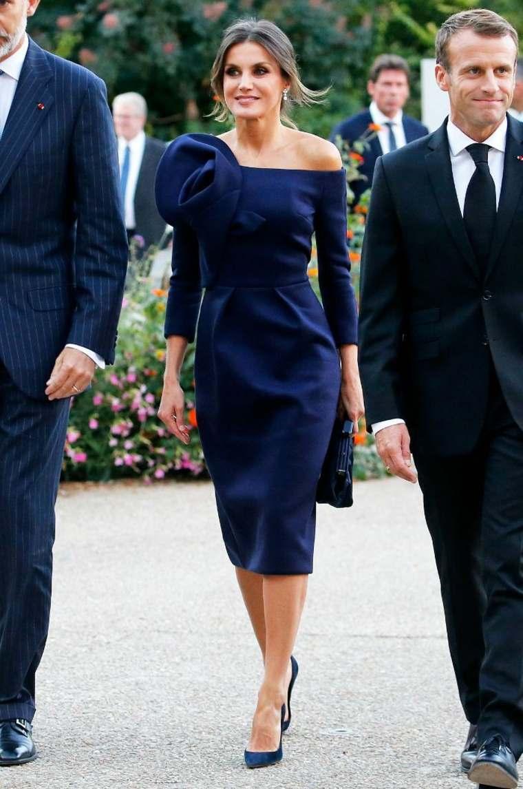 Bonito vestido azul