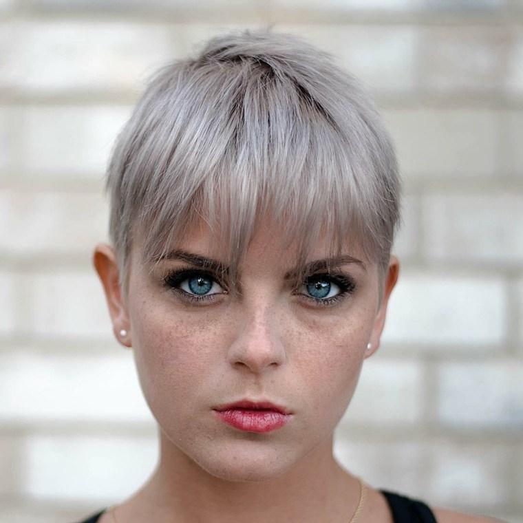 cabello-rubio-platino-corte-pixie