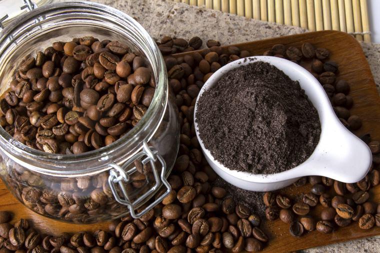 cafe para las plantas borra