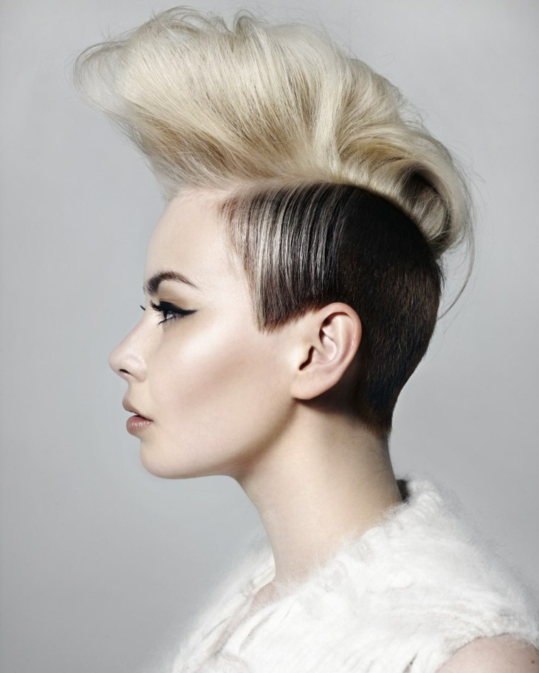 combinar-rubio-moreno-corte-original-cabello