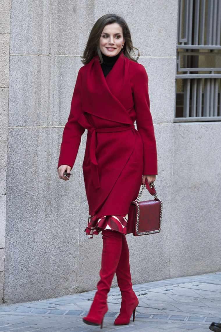 Un conjunto rojo