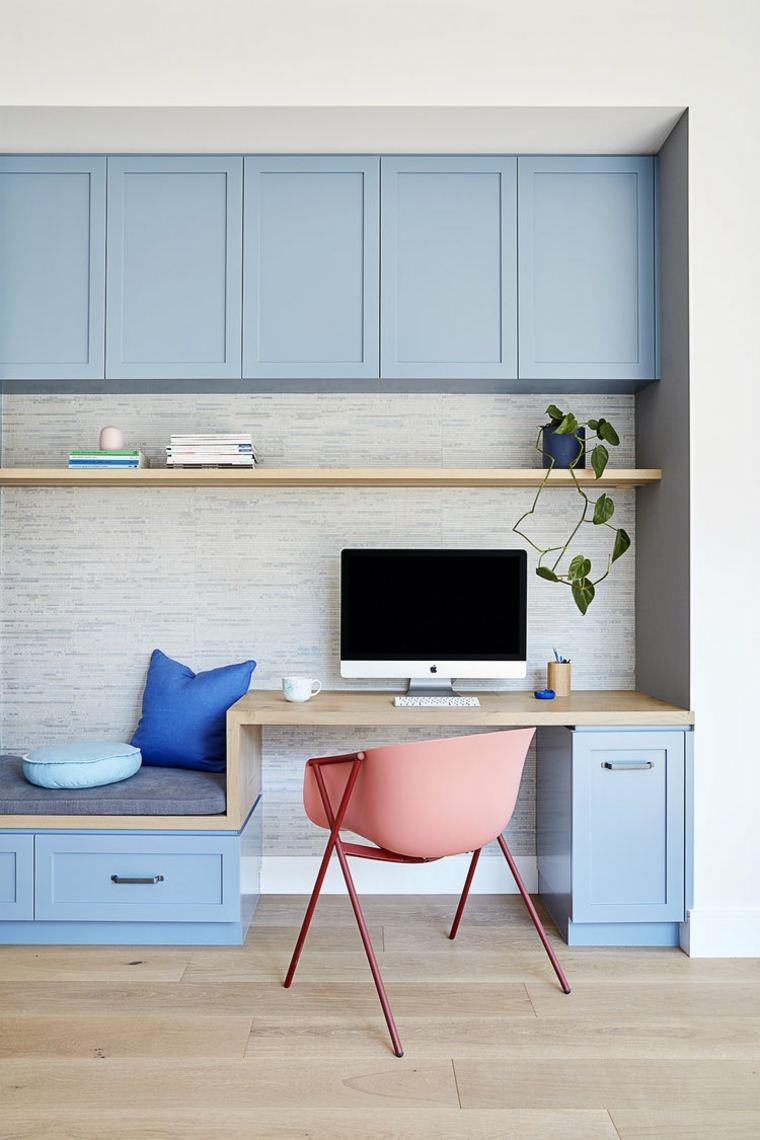 Espacio para escritorio comodo y moderno