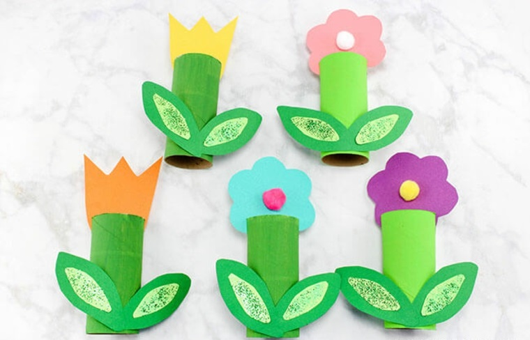 Flores hechas de carton