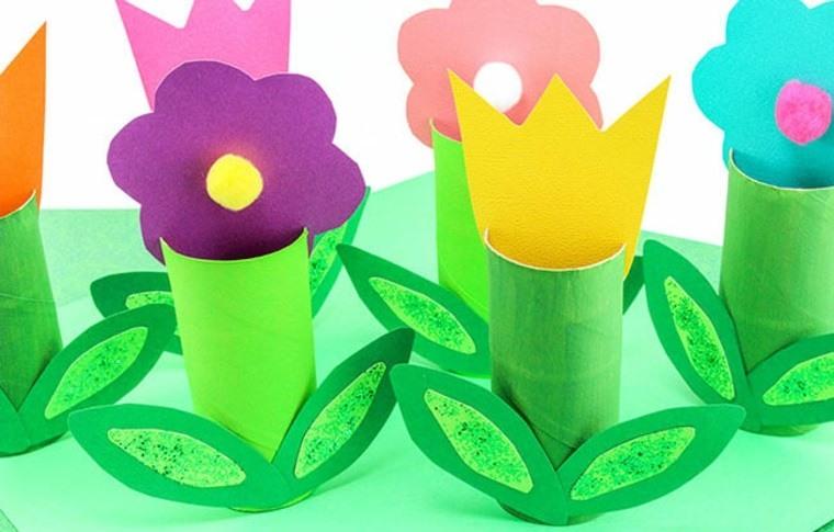 Flores hechas con papel de toilet