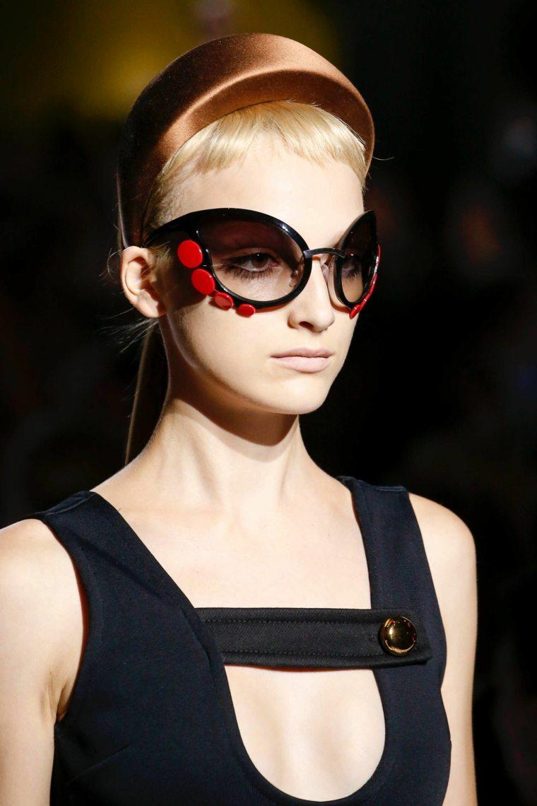 gafas-de-sol-coleccion-ideas-prada-diseno