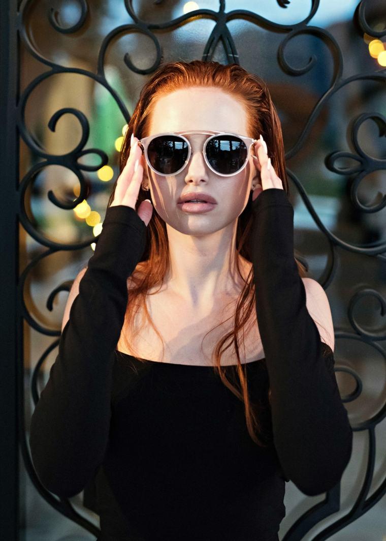 gafas-sol-opciones-2019-diseno-Madelaine-Petsch