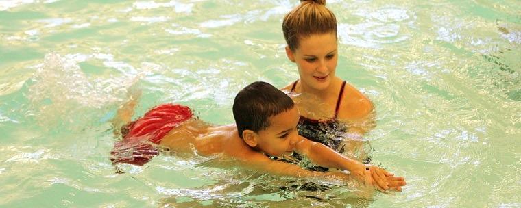 Aprender a nadar en confianza