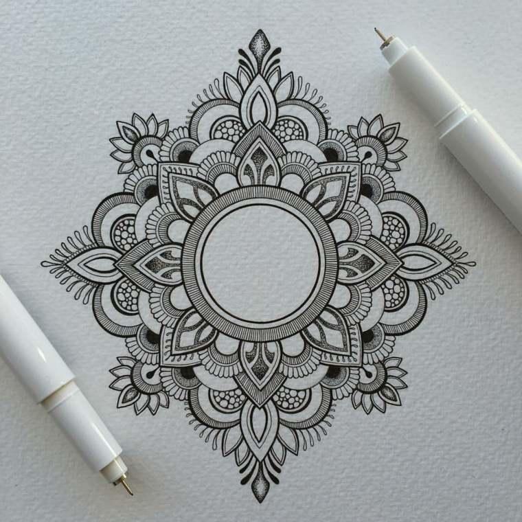 mandala-forma-geometrica-tatuaje