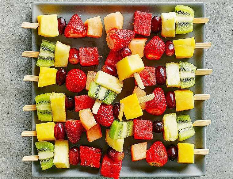 pinchos-frutas-coloridos-ideas